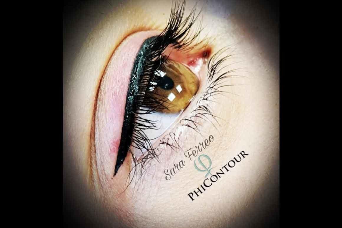 Eye-liner occhi superiore